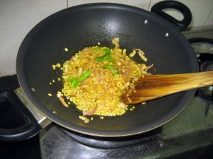 Combine onion, moong daal, chillies, spices.