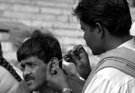 Post image for How Ears are Cleaned in India