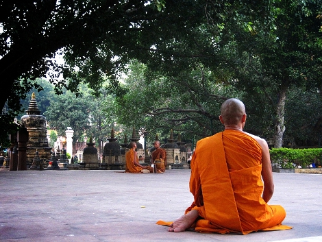 Post image for Meditating at Maha Bodhi Temple in Bihar