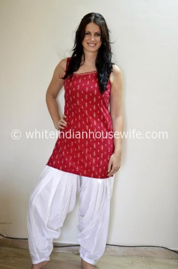 Post image for What I'm Going to Be Living in this Summer: Patiala Pants